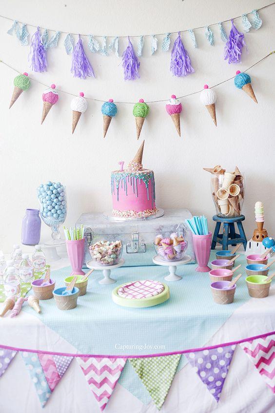 Na sociálnych sieťach existuje veľké množstvo nápadov na detské oslavy